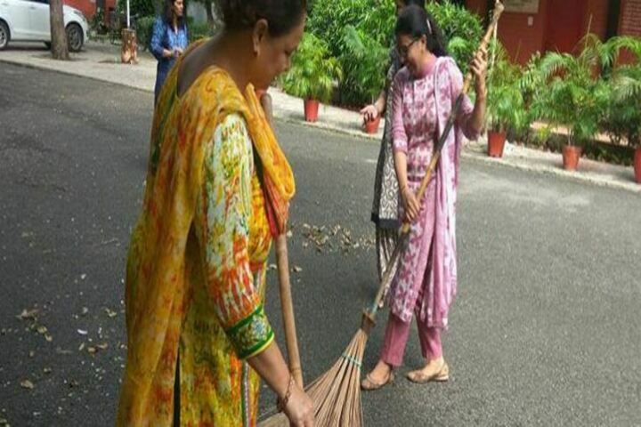 Government Girls Senior Secondary School-Cleanliness