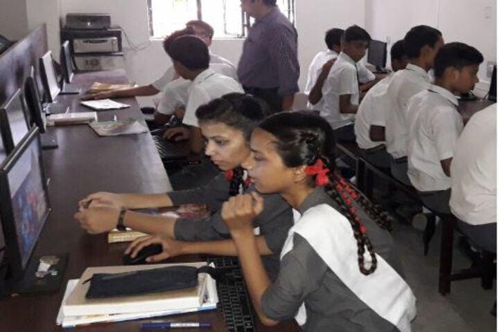 Sainik Public School- Computer lab