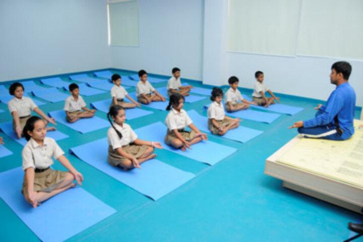 Sant Karshni Public School-Yoga