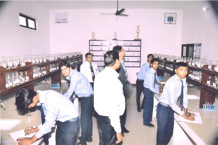 Sant Param Dayal Hr Secondary School-Chemistry Lab
