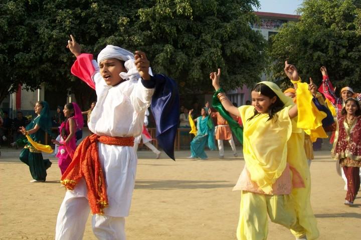 Sapna International Public School- Dance