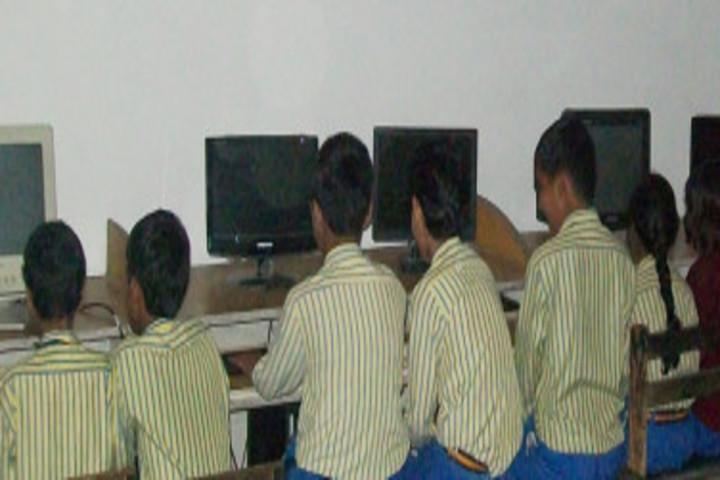 Sapna International Public School-Computer Lab