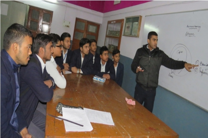 Saraswati Vidya Mandir- Commerce Class