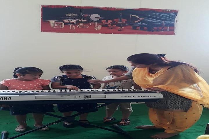 Sarv Sanskriti School-Music