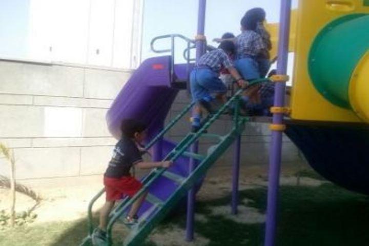 Scholars Home International School-Kids Play Park
