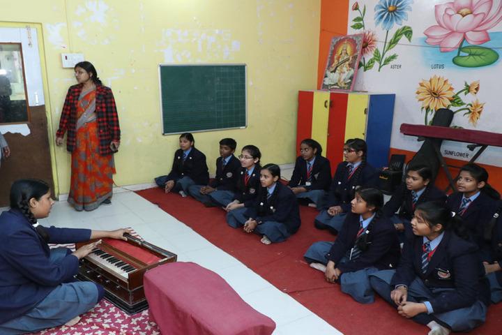 Scholars Senior Secondary School-Music