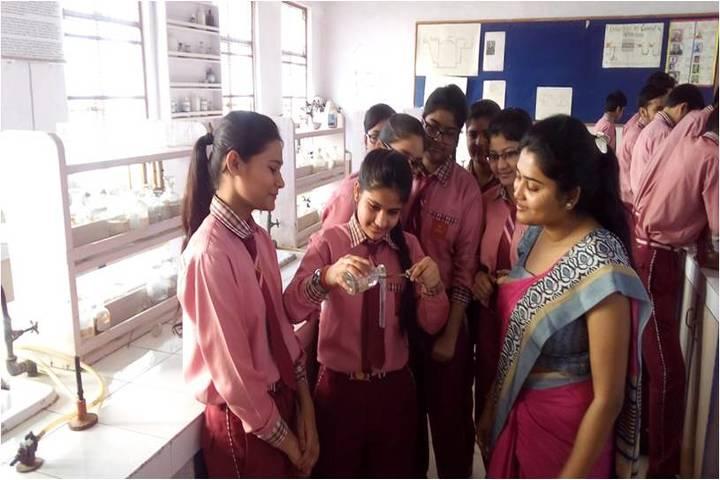 Seksaria Sushila Devi Public School-Laboratory