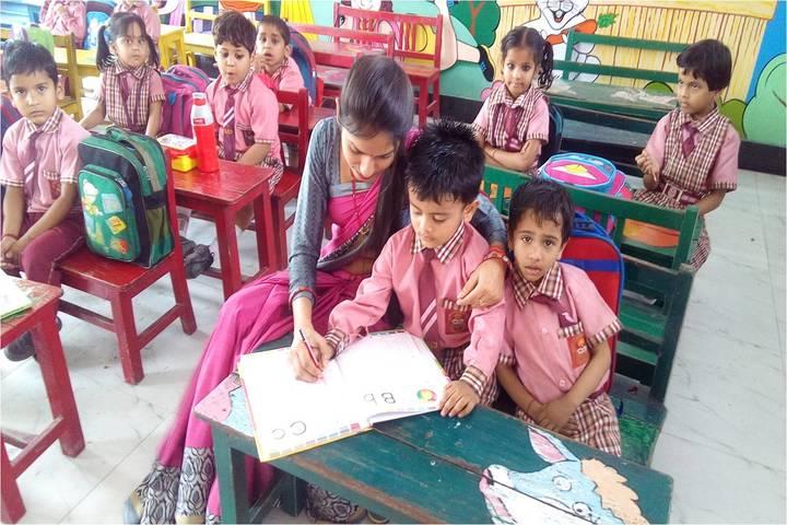 Seksaria Sushila Devi Public School-Primary Classrooms