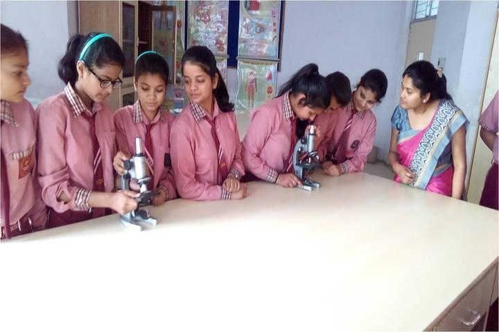 Seksaria Sushila Devi Public School-Biology  Lab