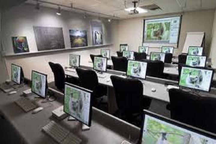 Seven Hills School-Computer Lab