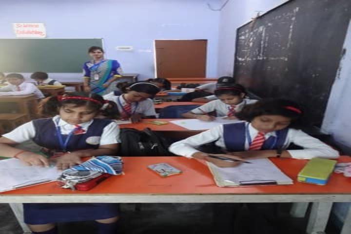 Shanti Dham Senior Secondary School-Classroom