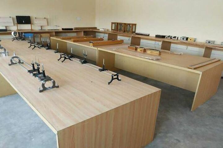 Shiksha International School-Physics Labs