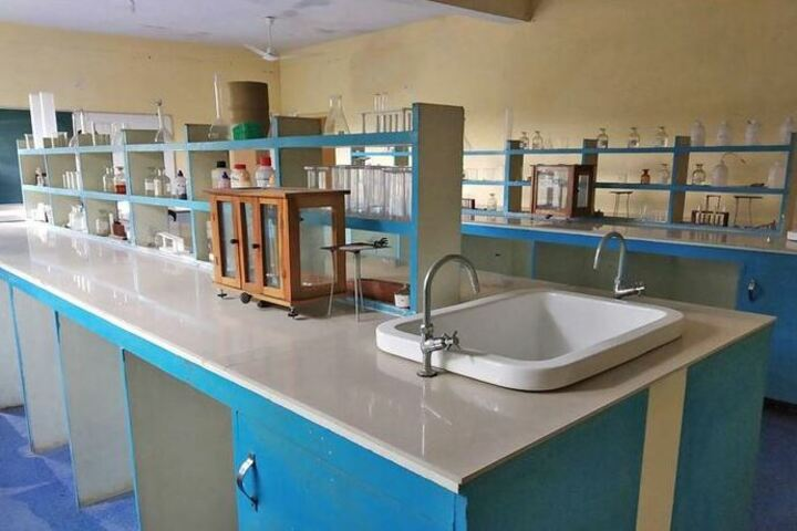 Shiksha International School-Science Labs
