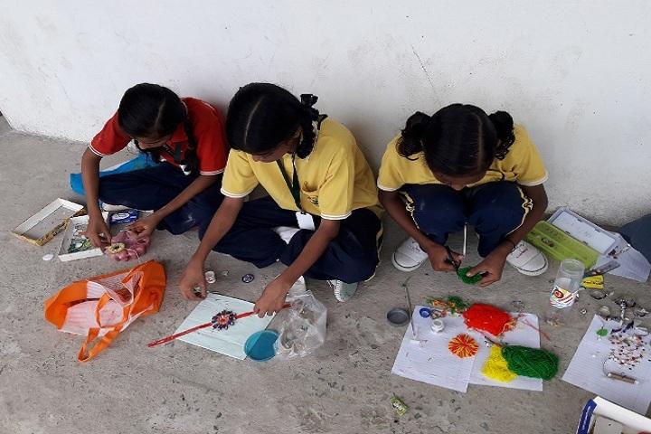Shiv Shakti Public School-Rakhi making activity