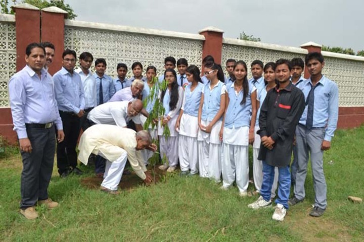 Shri Balwant Singh Public School-Plantation Activity