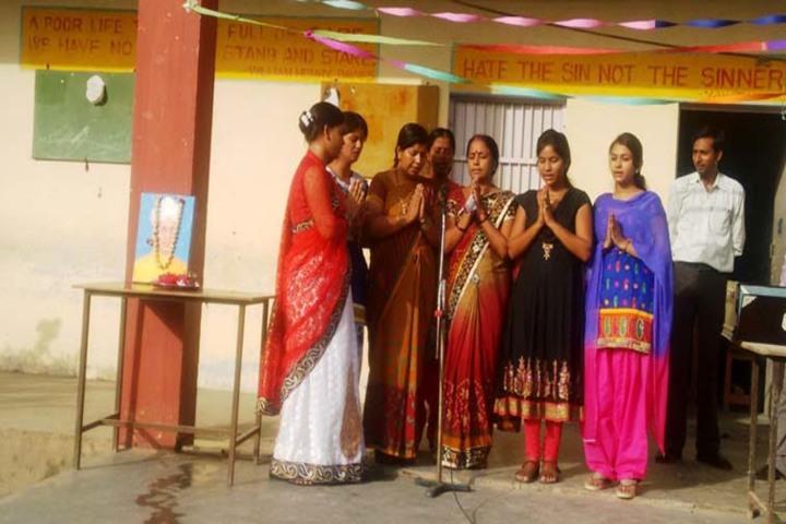 Shri Balwant Singh Public School-Teachers day
