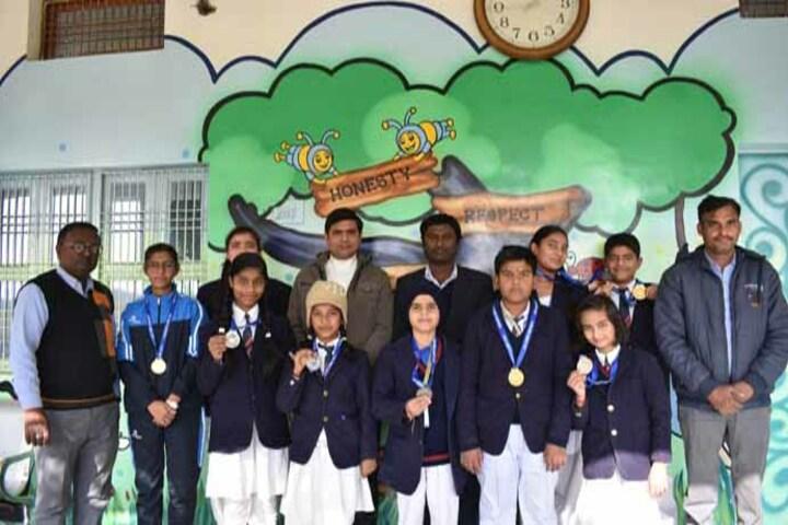 Shri Bhuvnesh Bhushan Sharma Smriti Vidyapeeth-Medal Presentation