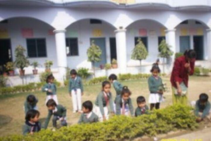 Shri Bihari Lal Kushwaha Memorial Oxford English School-Activity