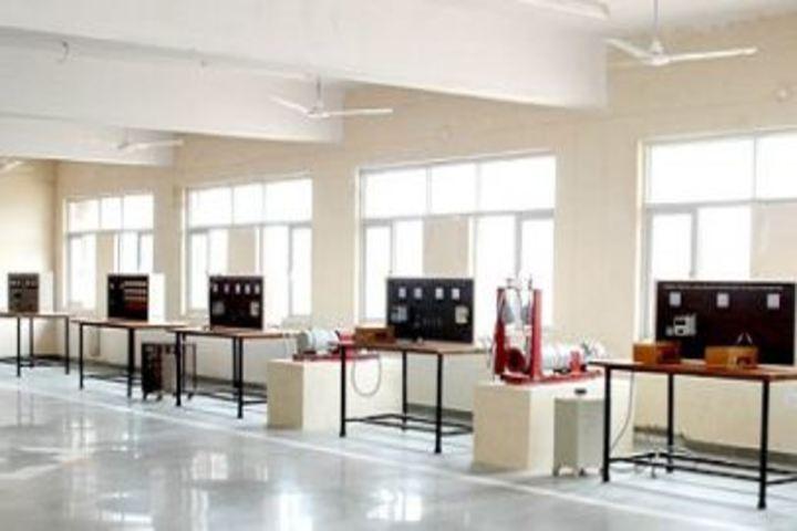 Shri Girraj Maharaj Global Public School-Physics Lab
