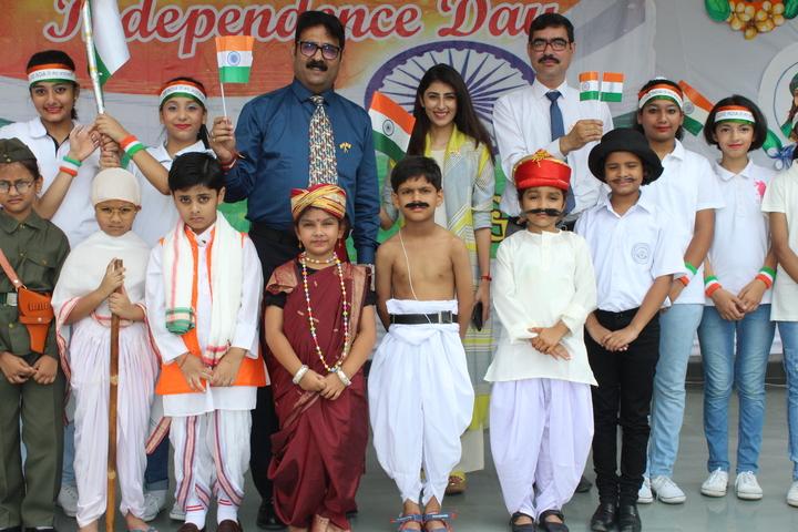 Shri Gulab Rai Montessori Senior Secondary School-Group Photo