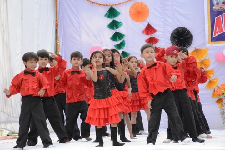 Shri Rajendra Giri Memorial Academy-Dance Performance