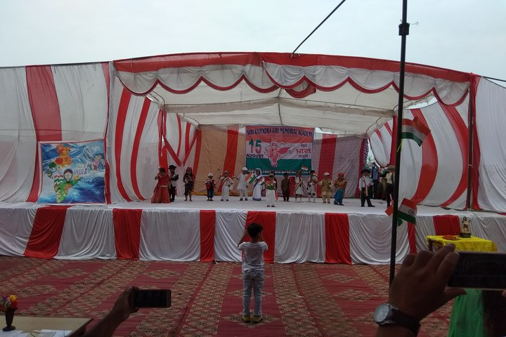 Shri Rajendra Giri Memorial Academy-Independence Day