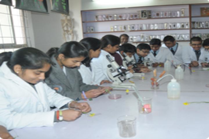 Shri Ram Swaroop Memorial Public School-Biology Lab