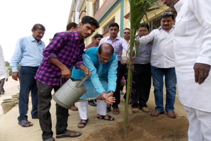 Shri Sai Public School-Plantation Day