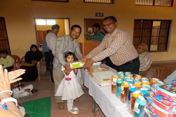 Shri Sai Public School-Prize Distribution