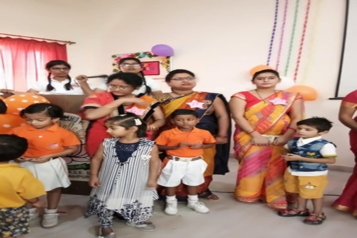 Shri Shanker Mumukshu Vidyapeeth-Mothers Day Celebrations