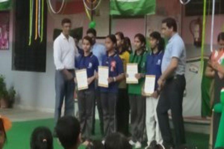 Silver Oak Public School-Prize Distribution