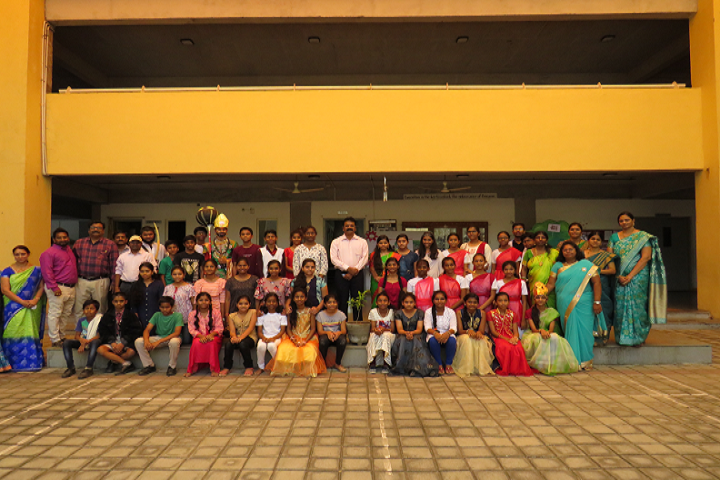 Gmr Varalakshmi Dav Public School-Faculty and Students
