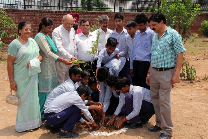 Government High School A Smart School-Plantation