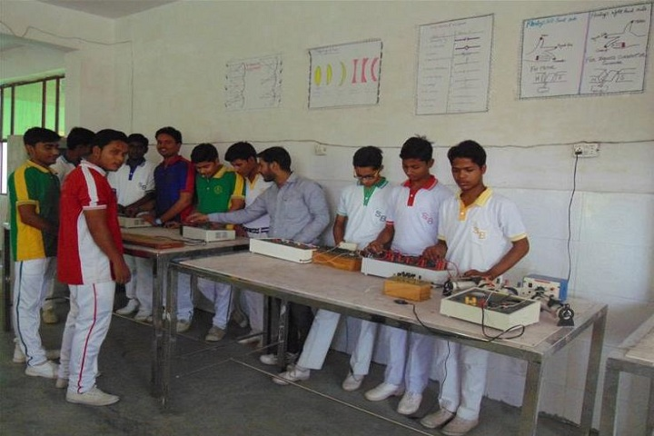 Sir Bilal Convent School-Physics Lab