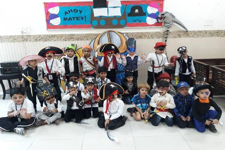Sir Padampat Singhania Education-Fancy Dress Competition