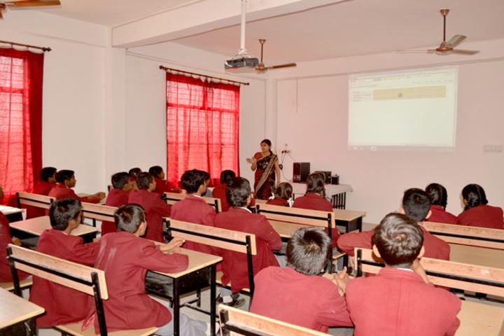 Skomiya Academy-Classroom