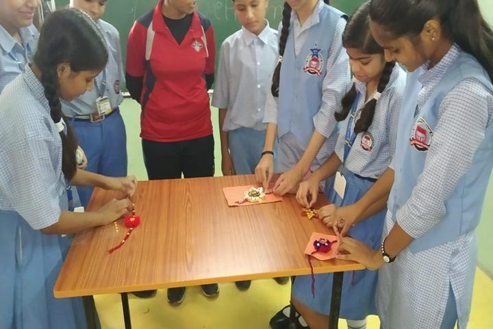 Sky Valley International School-Rakhi Making