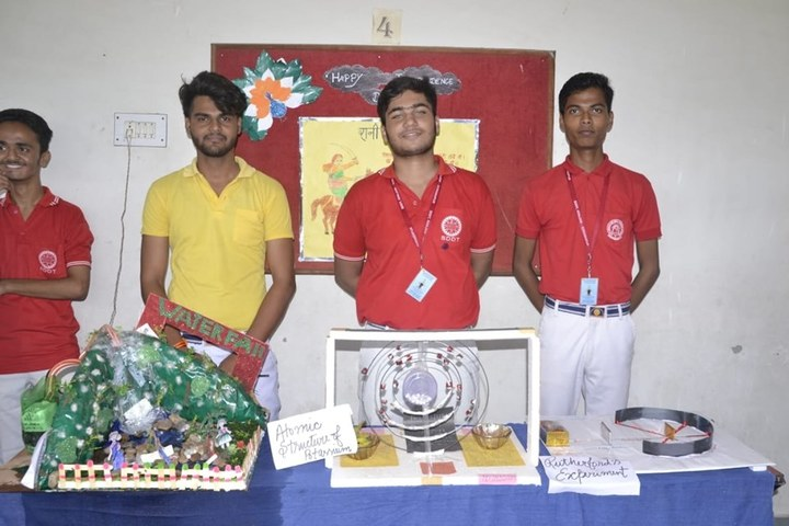 Smt Dhrauapadi Devi Tripathi Kanya-School Exhibition