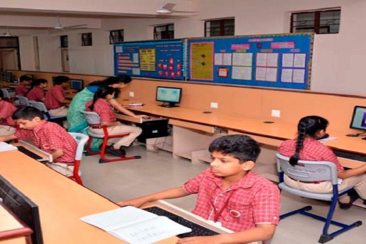 Somerville International School-IT Lab