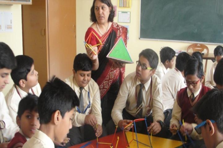 St Thomas School-Maths Lab