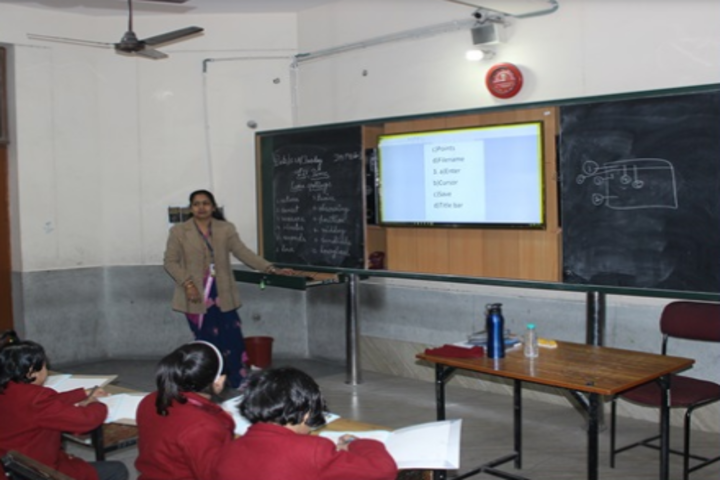 St Thomas School-Smart Classroom