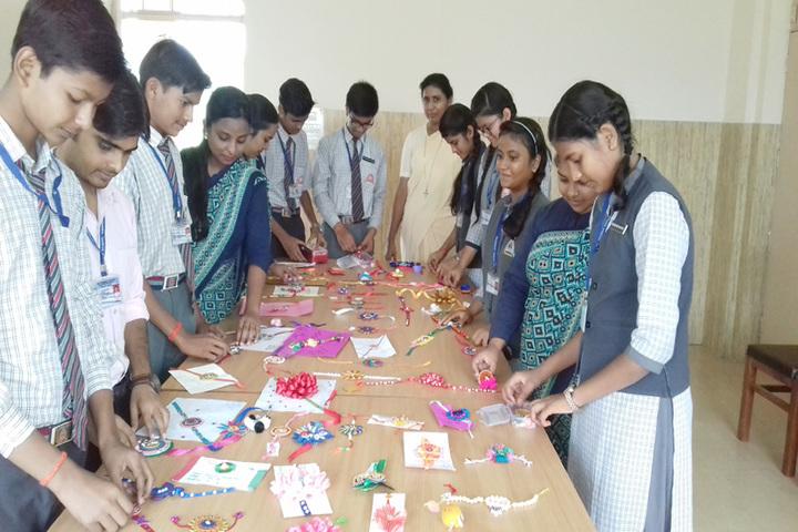St Thomas School-Rakhi Making