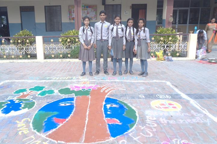 St Thomas School-Rangoli