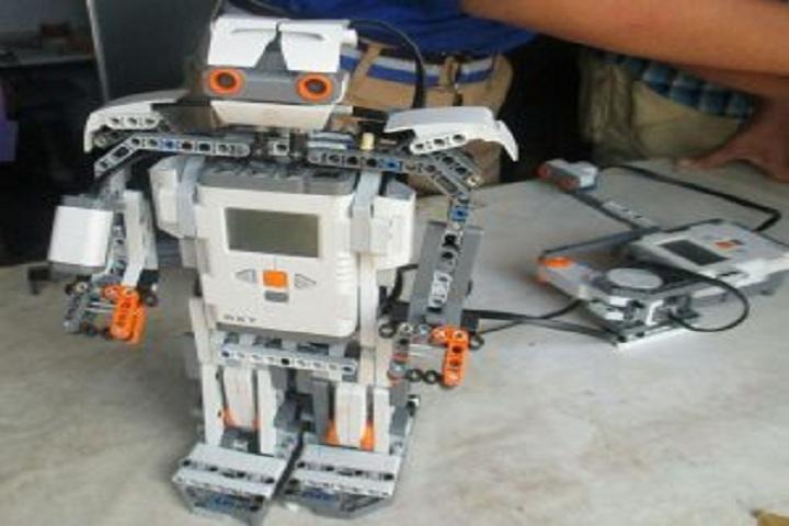 Gnanabharati English Medium School-Robotics