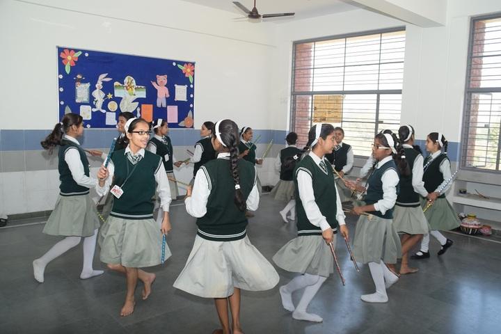 St Aerjay Public School-Dance