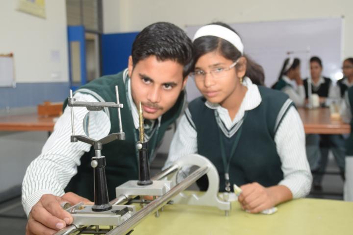 St  Aerjay Public School-Physics Lab