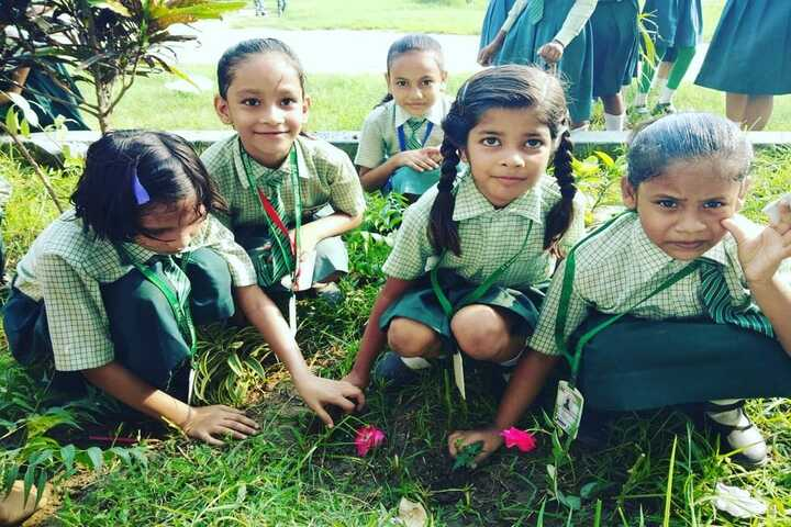 St Al-Haneef Educational Centre-Earth Day