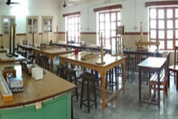 St Anthony S School-Physics Lab