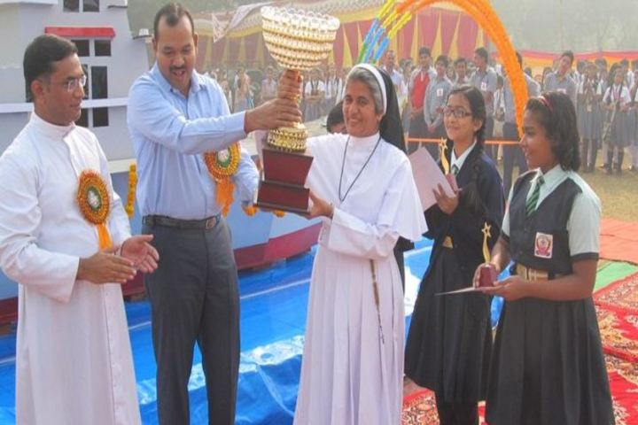 St Pauls School-Award