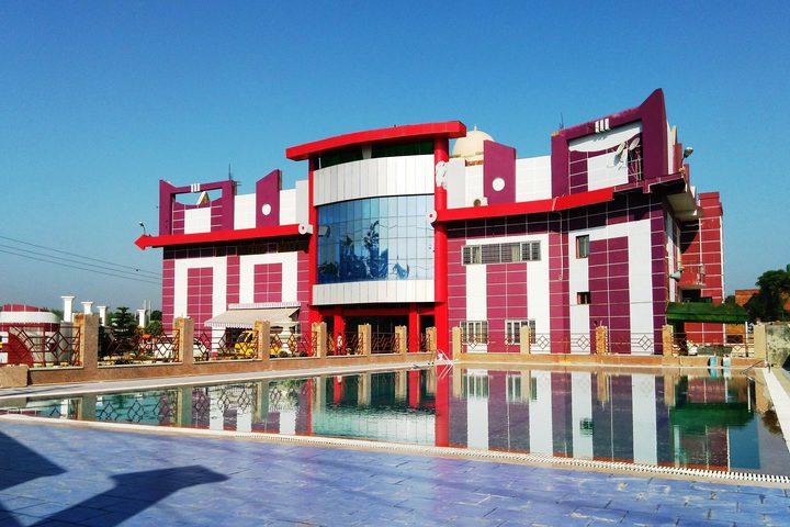 St R C Scientific Convent School-Campus